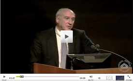 Video screencapture of Dr Myron S Cohen speaking at podium